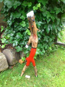 Holzfigur: Die Diva