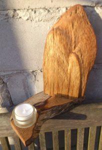 Teelicht mit Eichenholz, grob geschliffen und geölt, ca. 22 cm hoch
